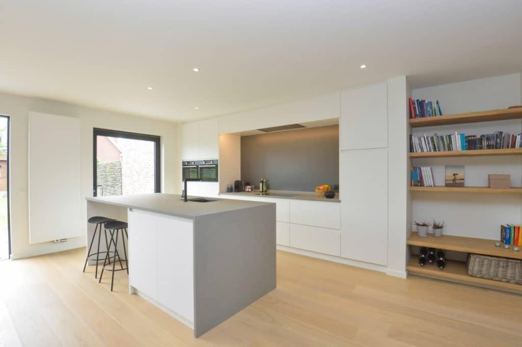 Nieuwe keuken met kwartsiet werkblad te Boechout