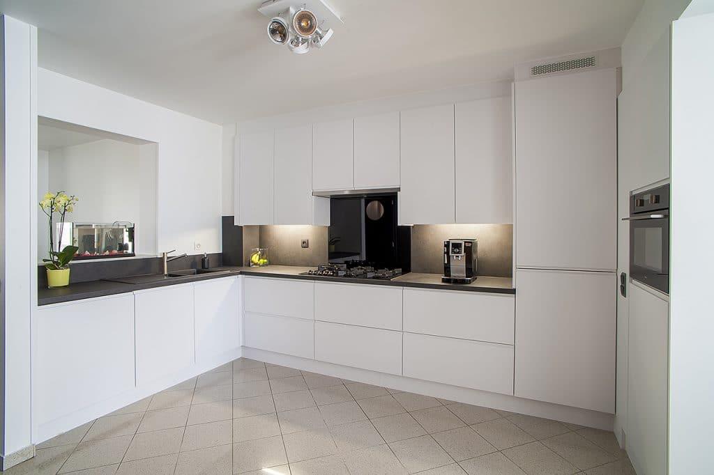Keukenrenovatie: nieuwe deuren & werkblad