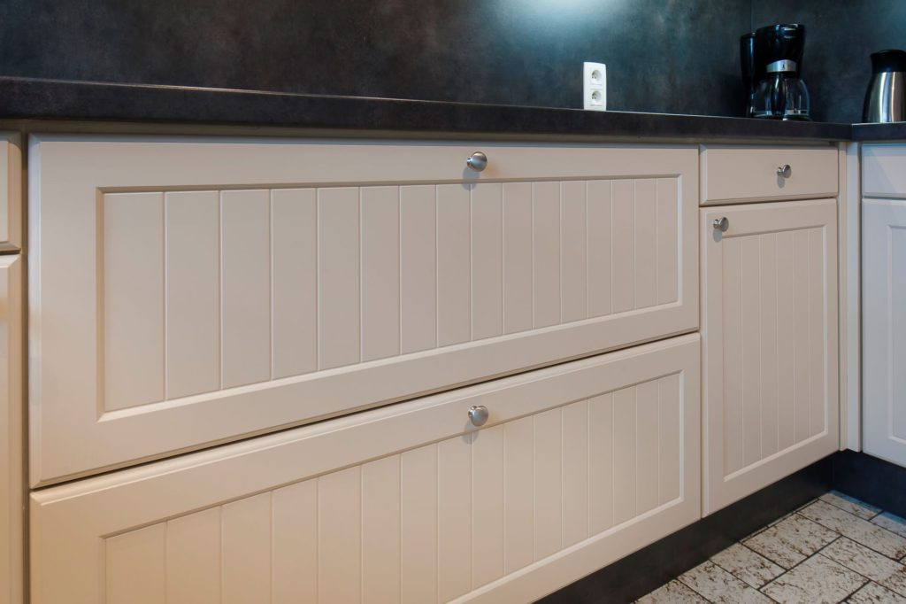 Nieuwe ladefronten op kastentaanden keuken
